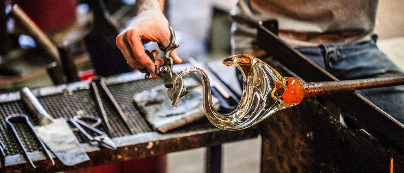 Kretas Handwerkskunst: Drei Glasbläser und ein musikalisches Geheimnis